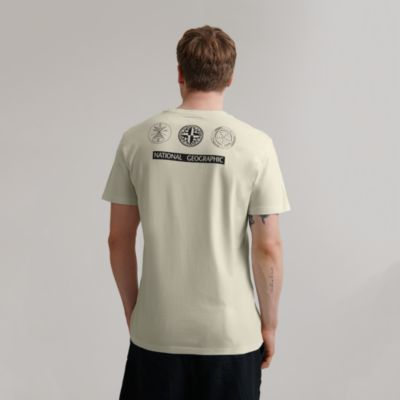 Camiseta ''Live Curious'' National Geographic para adultos, Disney Store