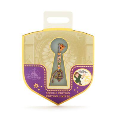 Pin llave Opening Ceremony, 25.º aniversario El Jorobado de Notre Dame, Disney Store