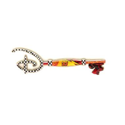 Disney Store - Disney Pixar Cars - 15.Geburtstag - Anstecknadel in Form eines Eröffnungszeremonie-Schlüssels